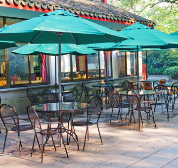 Restaurant Pressure Washing by Evergreen Law Care in Gainesville, FL